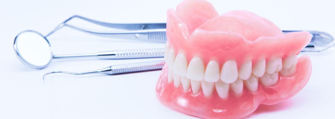 Life Bloom Dental example denture image